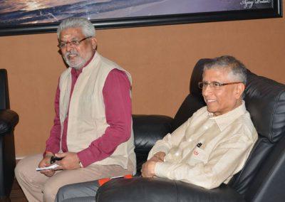 Dr.-G-G-Gangadharan-with-Dr.D.V.Guruprasad-CE-of-GEFM.Guruprasad-CE-of-GEFM-640x460